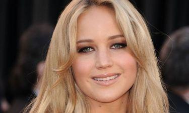 Do it like Jennifer Lawrence! Η star μας δίνει έμπνευση για το χτένισμα που θα κάνουμε αυτό το ΣΚ!