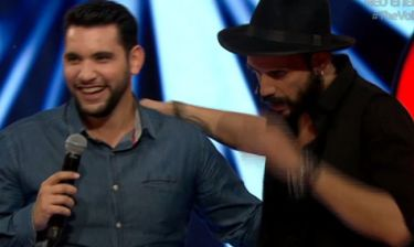 The Voice: Ο Μουζουράκης όταν έχει άγχος βγαίνει… ξεβράκωτος στην σκηνή