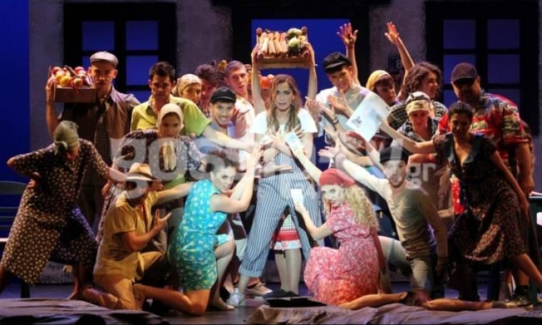 Λαμπερή πρεμιέρα για το μιούζικαλ Mamma Mia