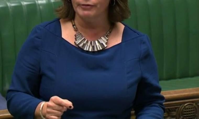 Ρίγη συγκίνησης στη Βουλή- Βουλευτίνα αποκάλυψε το βιασμό της