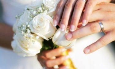 Ζευγάρι της ελληνικής σόουμπιζ παντρεύεται τον Ιούλιο