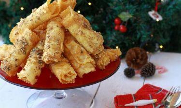 Χριστουγεννιάτικες συνταγές: Πώς θα φτιάξεις τις πιο λαχταριστές δίπλες!