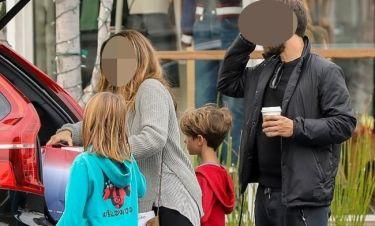 Έξοδος για τον γνωστό ηθοποιό με την πρώην γυναίκα του και τα παιδιά τους
