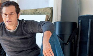 Μάριος Αθανασίου: Μιλά για το ρόλο του στην παράσταση «Ένα εξοχικό παρακαλώ»