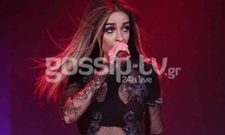 Ελένη Φουρέιρα: Sexy girl on stage