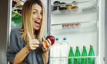 Η Μαρία Ηλιάκη μας έδειξε τι έχει μέσα στο ψυγείο της