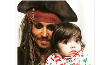 Ο Johnny Depp σκορπά χαμόγελα ως… Jack Sparrow