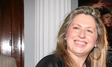 Σάντρα Βουτσά: Τι αποκάλυψε για το πολυμορφικό φόρεμα που δημιούργησε