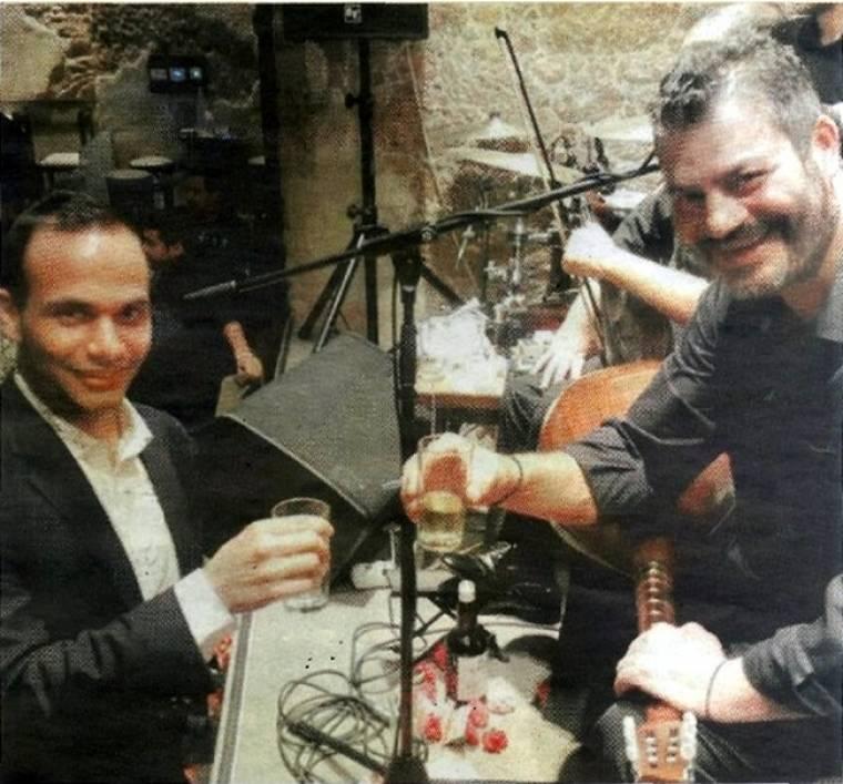 Ο Έλληνας συνεργάτης του Τραμπ διασκέδασε στον Κονταρό