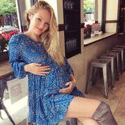 Η φωτό και το μήνυμά της στο instagram: «Έχω νιώσει ντροπή ενώ θηλάζω το μωρό μου»