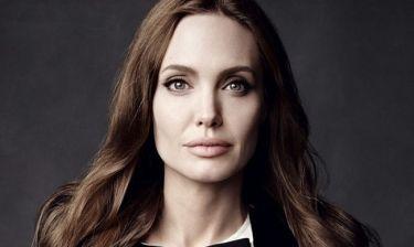 Oι φωτογραφίες που πρέπει να δεις: Η Angelina Jolie για χριστουγεννιάτικα ψώνια μαζί με τη Shiloh