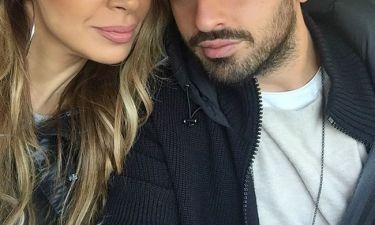 Ζευγάρι της σόουμπιζ στέλνει τις ευχές του με μια selfie στο instagram