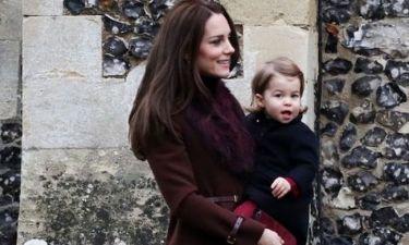 Ποιο είναι αυτό το παλτό που η Kate Middleton έχει βάλει ήδη 4 φορές;