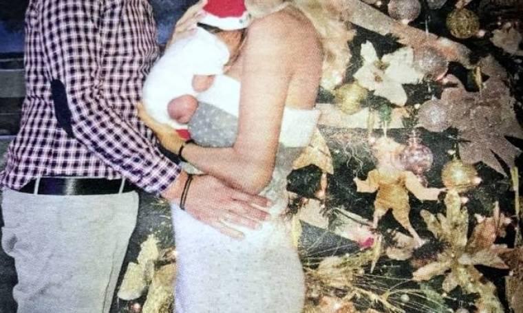 Αξέχαστες οι φετινές γιορτές για το ζευγάρι και το νεογέννητο γιο του (φωτό)
