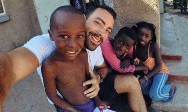 Σάκης Τανιμανίδης: Τα Χριστούγεννα του στη Ζάμπια