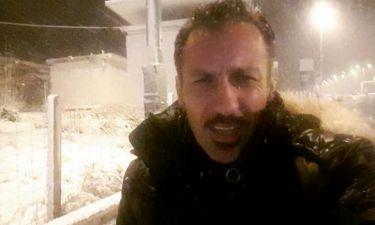 Πέτρος Ίμβριος: Μέσα στο χιονιά τραβά βίντεο και προειδοποιεί…