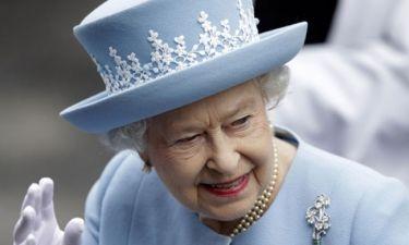 Αναστάτωση στο Διαδίκτυο με τα ψευδή δημοσιεύματα για το «θάνατο» της Βασίλισσας Ελισάβετ