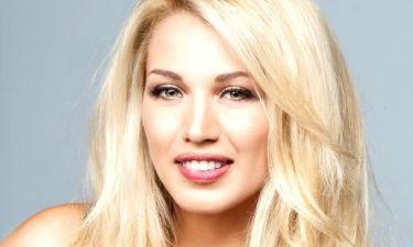 Κωνσταντίνα Σπυροπούλου: Στο παιδικό της δωμάτιο στην Ρόδο χαλαρώνει και θυμάται (φωτο)
