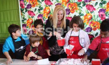 Δήμητρα Λιάνη Παπανδρέου: Μαγείρεψε με παιδιά για καλό σκοπό
