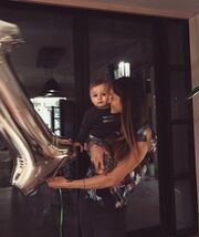 Σοφία Καρβέλα: Το πρώτο πάρτι γενεθλίων του γιου της, Νέστορα