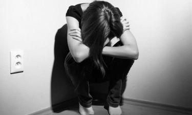 Ελληνίδα ηθοποιός σοκάρει με την περιγραφή! Η βία και η βοήθεια στο κέντρο κακοποιημένων γυναικών