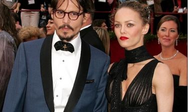 O Depp κατηγορεί την Heard ότι… εκμεταλλεύεται το διαζύγιό τους