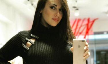 Χριστίνα Μουστάκα: Έριξε το Instagram με το σέξι φόρεμά της