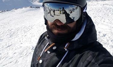 Εκδρομή στα χιόνια για τον «φρεσκοχωρισμένο» κύριο της ελληνικής σόουμπιζ