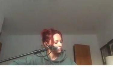 Η Μάρω Λύτρα έγινε κοκκινομάλλα - Το βίντεο που πόσταρε στο facebook