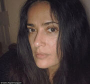 Η Salma Hayek τολμάει- Δείτε την χωρίς μακιγιάζ στο instagram