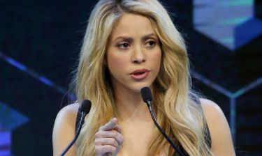 Shakira: «Να κάνουμε το κοινωνικό καλό και να επιλύσουμε κοινωνικά προβλήματα»