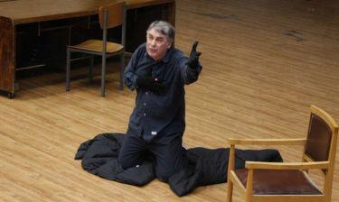 Θεοδόσης Πελεγρίνης: Θα υποδυθεί τον εαυτό του στο σανίδι