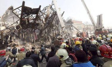 Τραγωδία στο Ιράν: Δεκάδες οι νεκροί της πυρκαγιάς σε ουρανοξύστη που κατέρρευσε (Pics+Vid)