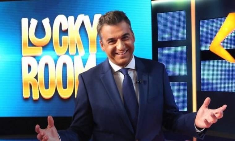 Αυτός ο τραγουδιστής είναι η φωνή του «Lucky Room»