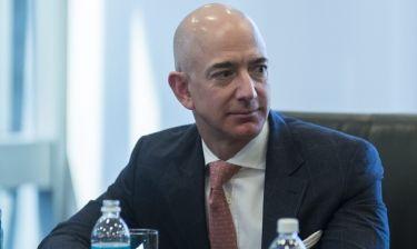 Δεν θα πιστεύετε τι αγόρασε για σπίτι ο ιδιοκτήτης του Amazon