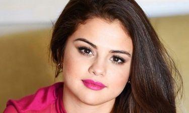 Το πιο αποτυχημένο photoshop της Selena Gomez γίνεται πιο viral και από viral