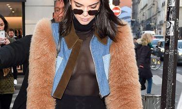 Kendall Jenner: Με see through μπλουζάκι στο Παρίσι