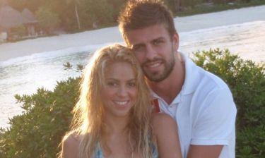 Αυτός είναι άντρας! Ο Pique λούζει την Shakira και κάνουν πανικό στο Instagram