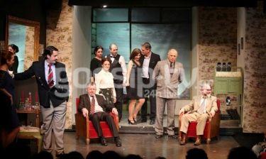 Λαμπερή πρεμιέρα θεάτρου: Ήταν όλοι εκεί!