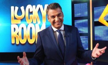 Έκπληξη για τον Γιώργο Λιάγκα: Παρουσιάστρια τον επισκέφθηκε στο πλατό του Lucky Room (φωτό)