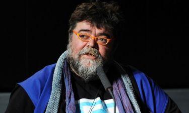 Ο Σταμάτης Κραουνάκης ξυρίστηκε μετά από 40 χρόνια- Δείτε το νέο του look