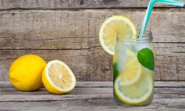 Πόσες έξτρα θερμίδες θα κάψετε πίνοντας παγωμένο νερό