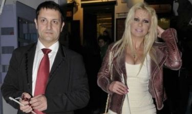 Στέλλα Μπεζαντάκου: «Ο άντρας μου στέκεται συνεχώς δίπλα μου και με στηρίζει αθόρυβα»