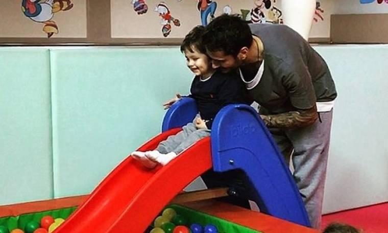 Ηλιάδη-Γκέντσογλου: Σε παιδότοπο με τον γιο τους