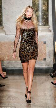 Η Gigi Hadid έγινε… κούκλα