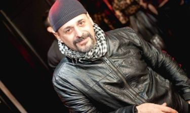 Ζαχαρίας Ρόχας: «Η σειρά Δανεικός πατέρας είναι αυτή που ξεχωρίζει από τις δουλειές μου»