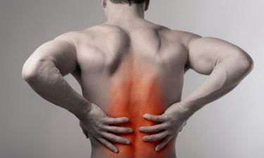 Πόνος στη μέση: Πότε οφείλεται στη σπονδυλική στήλη και πότε στο ισχίο