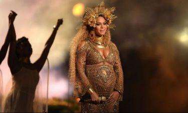 Beyonce: Γυμνή στα Grammys 2017 εμφανίστηκε για να αποδείξει ότι είναι όντως έγκυος! (pics & vid)