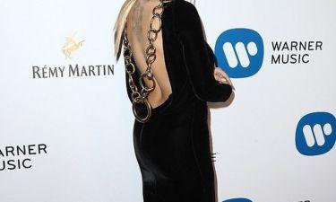 Σας θύμισε κάτι; Η star εμφανίστηκε... αλλοιωμένη στα Grammys