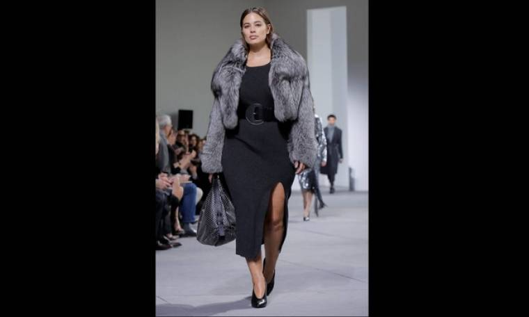 Oι καμπύλες της Ashley Graham στην Εβδομάδα Μόδας Νέας Υόρκης